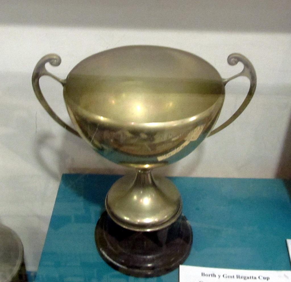 Borth y Gest Regatta cup